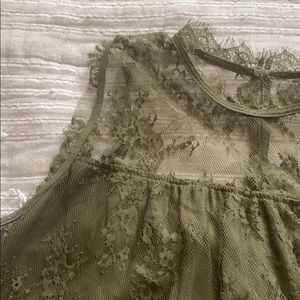Xhilaration XXL Dark Green Sleeveless Lace Blouse